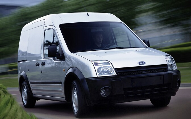 Автомобиль Ford Transit. Иллюстративное фото.