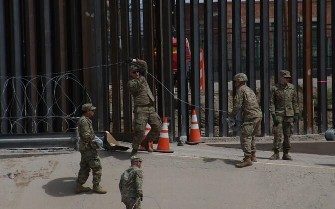 USA sõjaväelased piiril.