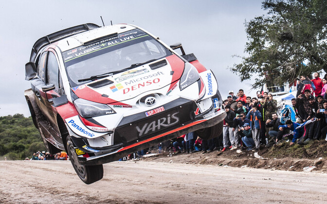 Ott Tänak and Martin Järveoja in the Toyota Yaris in Argentina.