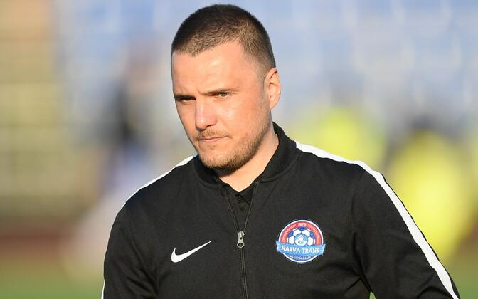 Дмитрий Калашников не проработал в Нарве и одного круга.