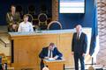 New coalition takes Riigikogu oath