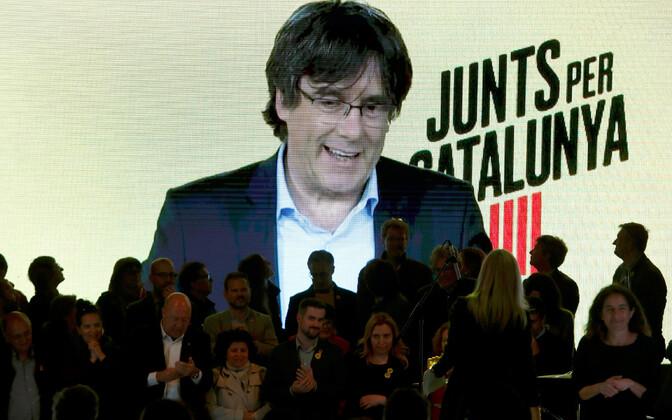 Carles Puigdemont videokonverentsil.