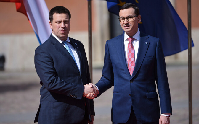 Ratas with Polish Prime Minister Mateusz Morawiecki in Warsaw, May 1, 2019.