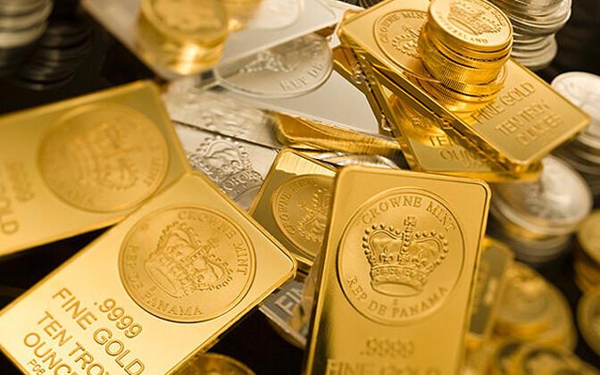 Лидером по закупкам золота стала Россия.