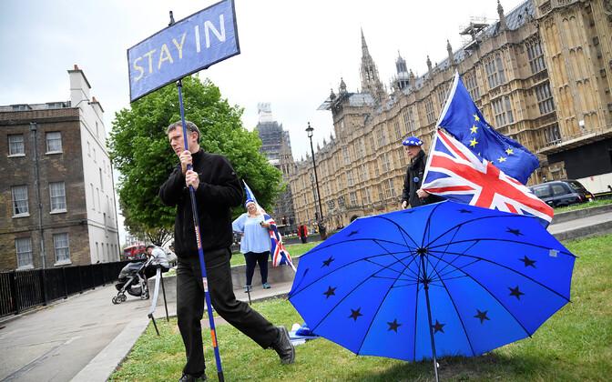 Euroopa Liitu jääda soovivad inimesed.