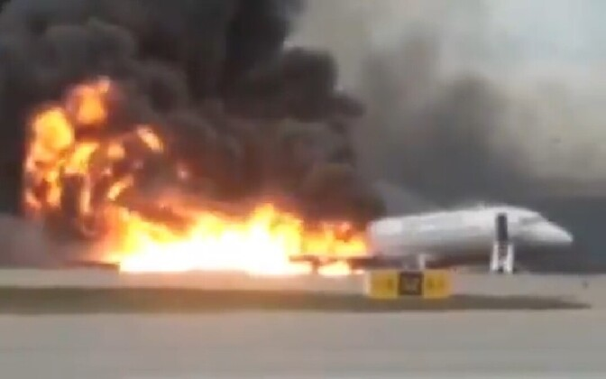 Aeroflot Flight 1492 in flames after attempting an emergency landing at  Sheremetyevo International Airport, Moscow. May 5, 2019.
