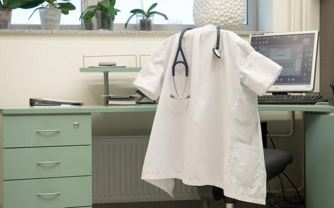 Arsti kabinet.