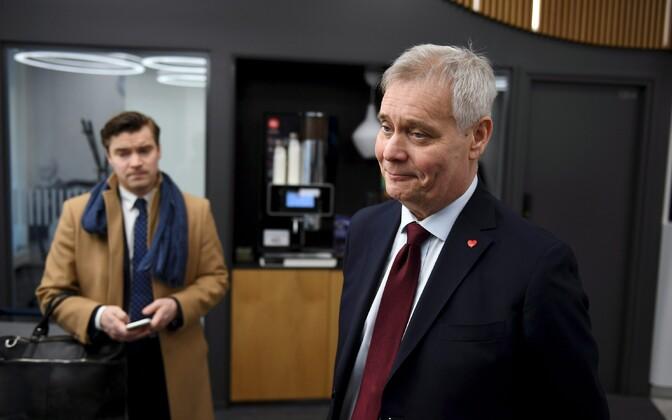 Soome sotsiaaldemokraatide (SDP) esimees Antti Rinne (paremal).