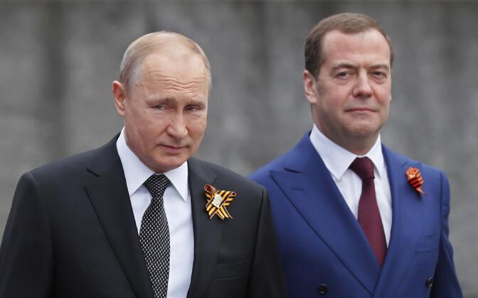 Venemaa president Vladimir Putin ja peaminister Dmitri Medvedev 9. mail Moskvas.