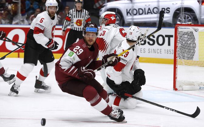 Сборная Латвии дала бой Швейцарии, но проиграла.