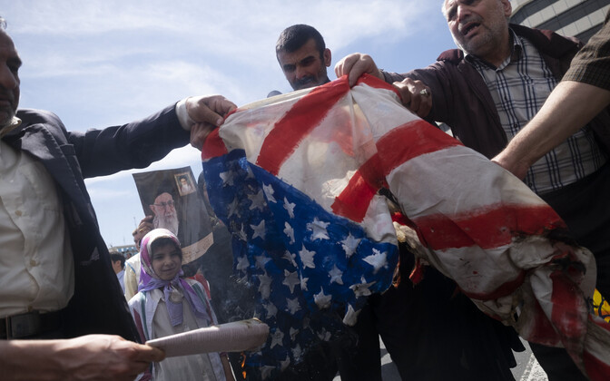 USA lipu põletamine Teheranis.