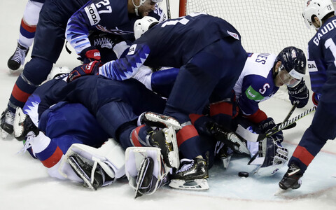 ЧМ по хоккею: США - Великобритания.