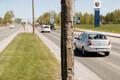 Разрушающиеся фонарные столбы на Петербургском шоссе.