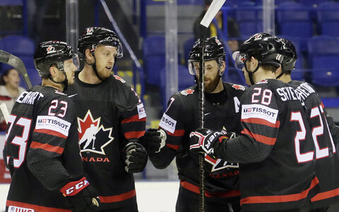 Сборная Канады по хоккею.