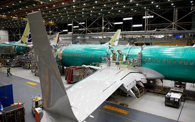 Boeing 737 MAX ehitus tehases.