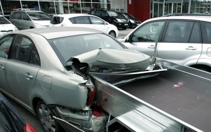 За заключение договора страхования несет ответственность владелец транспортного средства или его ответственный пользователь.