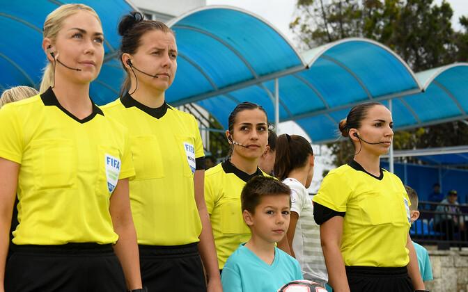 Pildil Reelika Turi (vasakult teine) U-17 Euroopa meistrivõistluste poolfinaalis Hispaania - Holland
