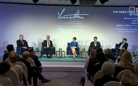 Participants at Saturday's panel discussion on the rise of populism, Lennart Meri Conference 2019.