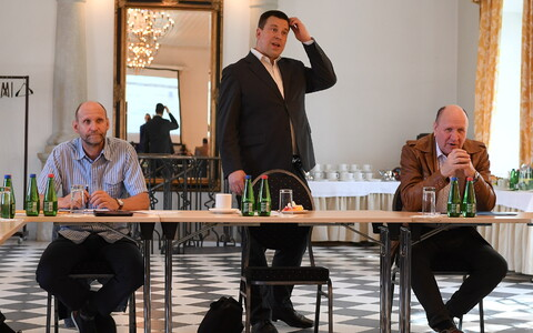 The Estonian government convened at Vihula Manor on Monday to continue discussing the state budget strategy. May 20, 2019.