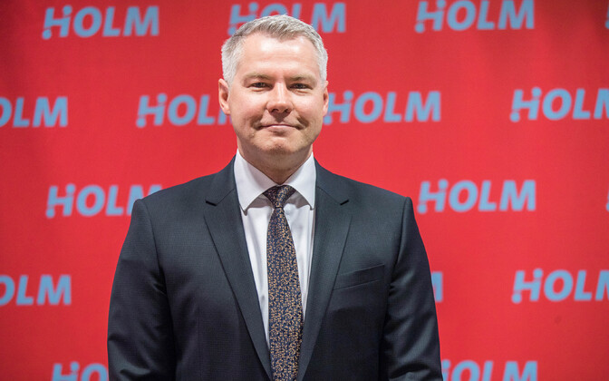 Holm panga esimees Indrek Julge