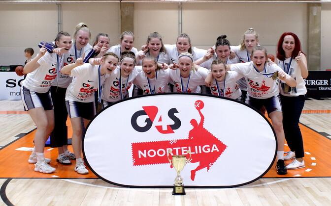 U-18 vanuseklassis tuli tütarlaste seas Eesti meistriks Tartu Kalev.