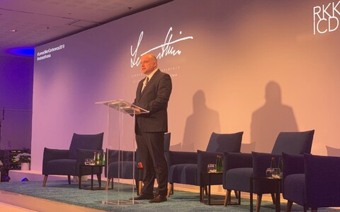 Jüri Luik speaking at the 2019 Lennart Meri Conference.