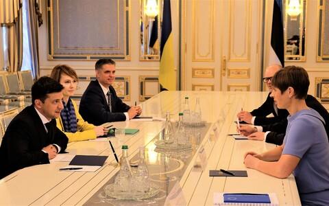 Президенты Зеленский и Кальюлайд в Киеве.