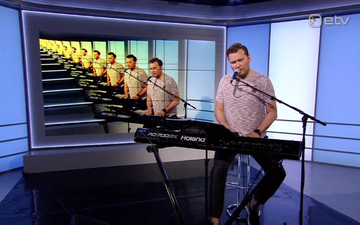Koit Toome esitas Eurovisiooni võiduloo eesti keeles.