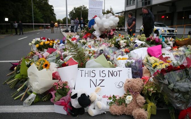 Lilled Christchurchi veresauna ohvrite mälestuseks