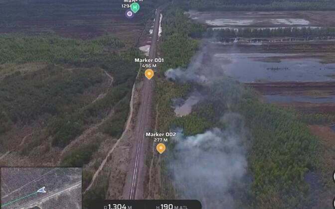 Konju külas põleb turbaväli.