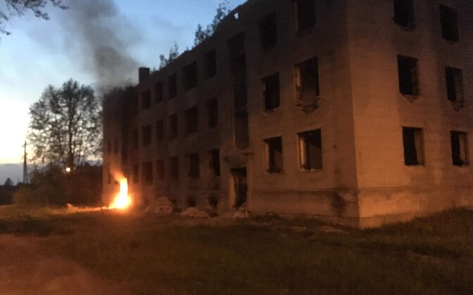 Взрыв в заброшенном доме в Сомпа.
