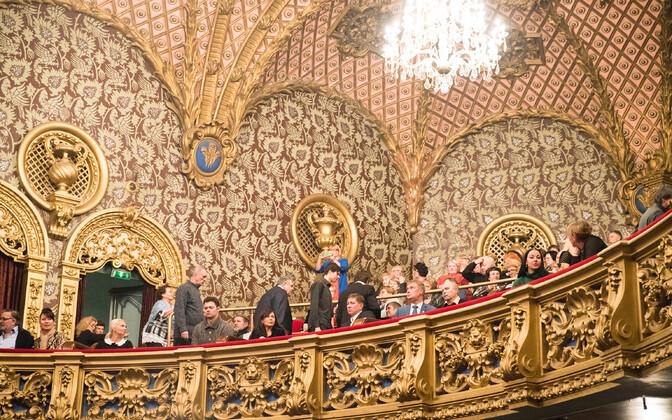 Русский театр Эстонии обещает более тщательно подходить к выбору постановок и не сокращать творческий состав.