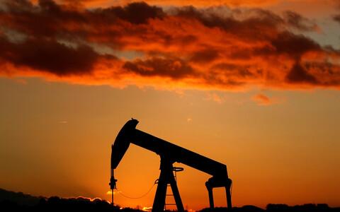 Стоимость сырья падает на фоне увеличения запасов США.