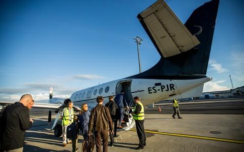 A Transaviabaltika flight connecting Hiiumaa to Tallinn. The current fight is over the Saaremaa route.
