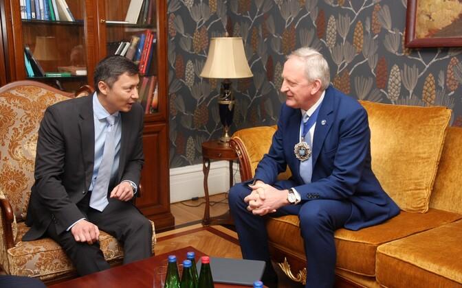 Мэр Таллинна Михаил Кылварт и мэр лондонского Сити Питер Эстлин.