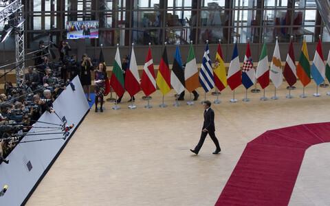 Prantsusmaa president Emmanuel Macron saabus EL-i liidrite tippkohtumisele.