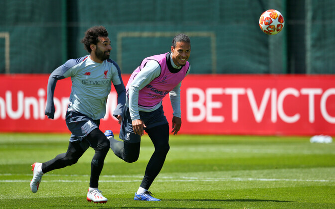 Mohamed Salah ja Virgil van Dijk treeningul