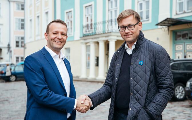 Лаури Ляэнеметс (слева) видит новым генсеком партии Пеэпа Петерсона.