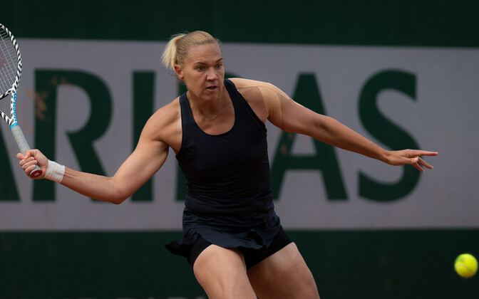 Kaia Kanepi in action at Roland Garros.