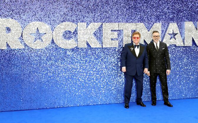 Elton John ja tema abikaasa David Furnish