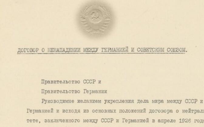 Molotov-Ribbentropi pakt.