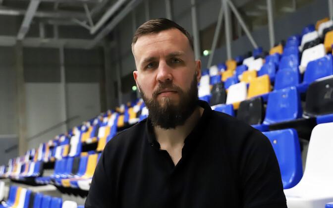 Янар Тальтс завершил игровую карьеру.