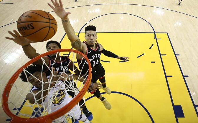 Toronto Raptors alistas korvpalliliiga NBA finaalis võõrsil Golden State Warriorsi