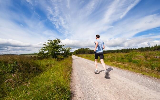 Teadlased lähtusid eeskätt Ameerika läänerannikult Atlandi ookeanini jooksnud sportlaste kohta kogutud andmetest.