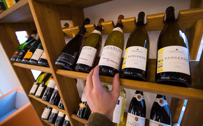 Пиво и вино по бумагам экспортировали в Германию, а на самом деле продавали в Эстонии без уплаты акциза.