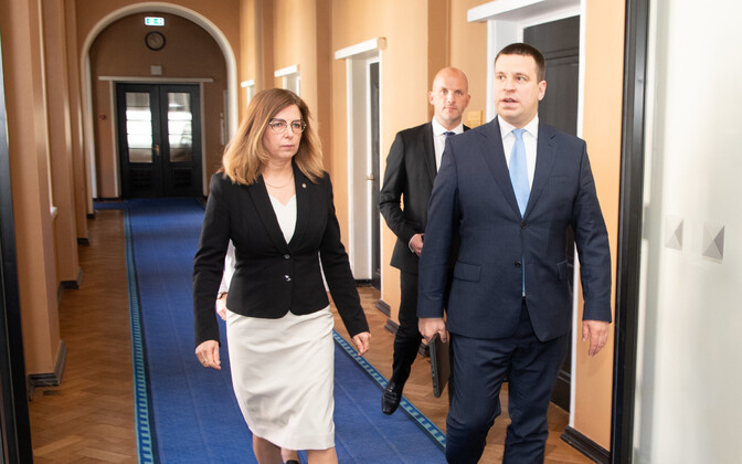 Prime Minister Jüri Ratas is to stand in for IT minister Kert Kingo (left) at the G20 meeting.