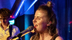 Anett ja Liisi Koikson esitlesid lühialbumeid