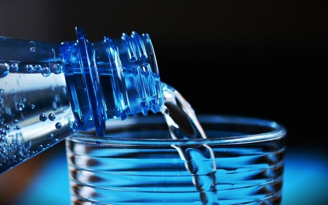 В США и Индии пластика в воде содержится в два раза больше, нежели в Европе. Иллюстративная фотография.