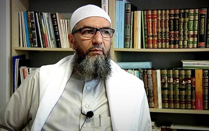 Imaam Abu Raad.