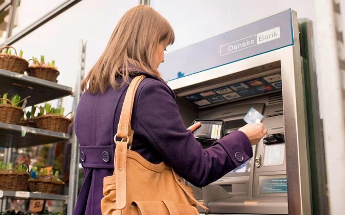 Вместо Danske оператором банкоматов станет LHV.